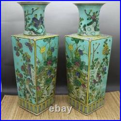 A pair of blue and white porcelain with flowers and birds in four seasons in Kan