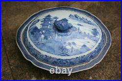 Antique 18th Century Chinese Porcelain Blue and White Large Bowl with Lid