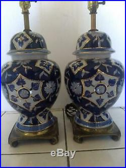 MID Century Blue & White Porcelain Ginger Jar Oriental Lamps Pair Chinese 30