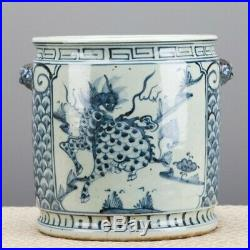 NEW 10 BLUE AND WHITE CHINESE ORIENTAL PORCELAIN PLANTER With FOO DOG HANDLES