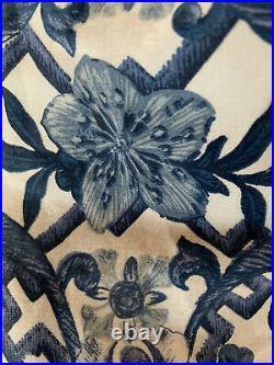 RALPH LAUREN Dorsey Porcelain Inspired Vibrant Blue KING COMFORTER USED