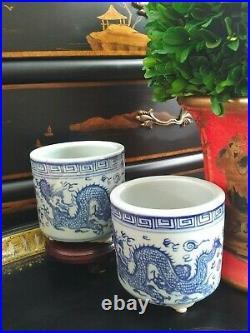 Stunning Pair Blue White Porcelain Chinoiserie Brush Pot Cachepot Planters 4