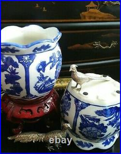 Stunning Pair Blue White Scalloped Porcelain Chinoiserie Cachepot Planter Pots