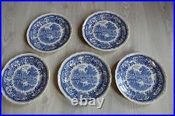 VILLEROY & BOCH, SAAR BURGENLAND, GERMANY BLUE and WHITE 25 piece porcelain set