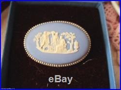 VINTAGE WEDGWOOD BROOCH PIN BLUE WHITE JASPERWARE STERLING SILVER in ORIG BOX